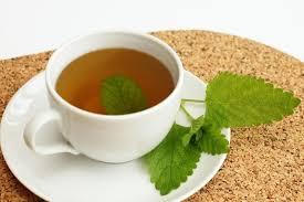 Tomar chá antes de dormir